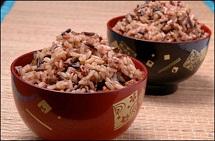 Tăng sức khỏe nhờ gạo lứt muối mè